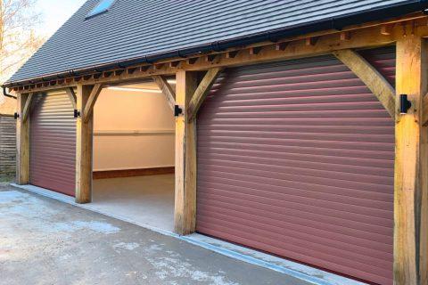Addlestone KT15 Garage Door Lock Experts